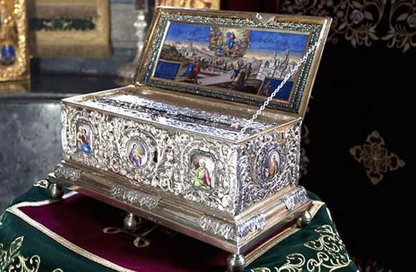 Ковчег с Поясом Богородицы