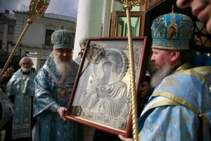 Поклонение иконе Умиление